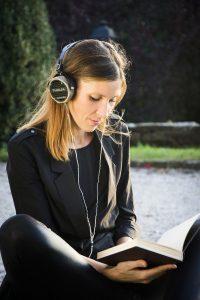 binaural beats through headphones
